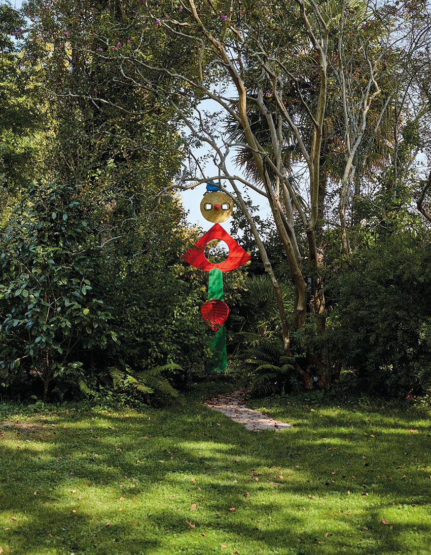 Скульптура «Ласка птицы», Жоан Миро, 1967 г.
