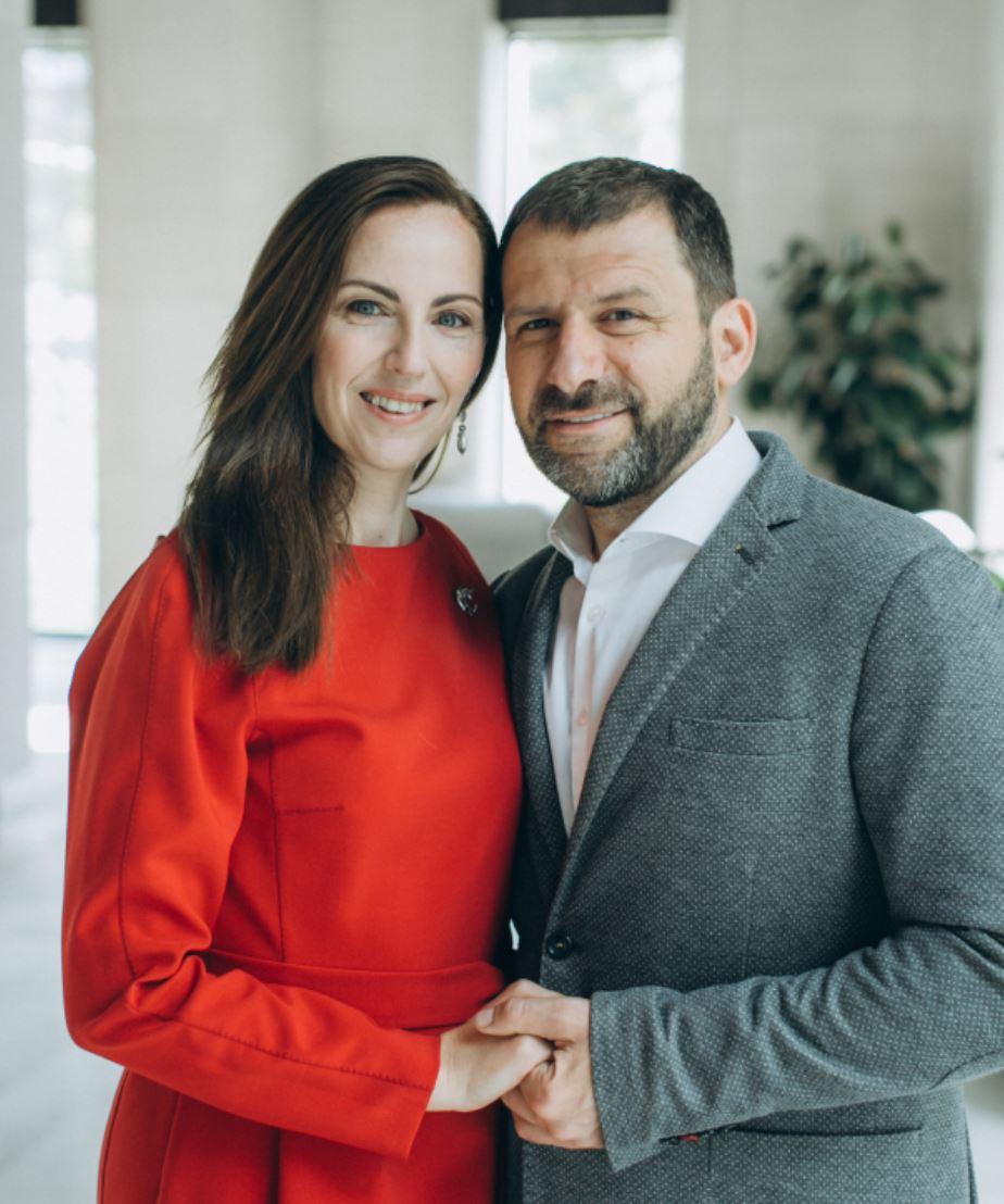 Игорь Рыбаков сженой