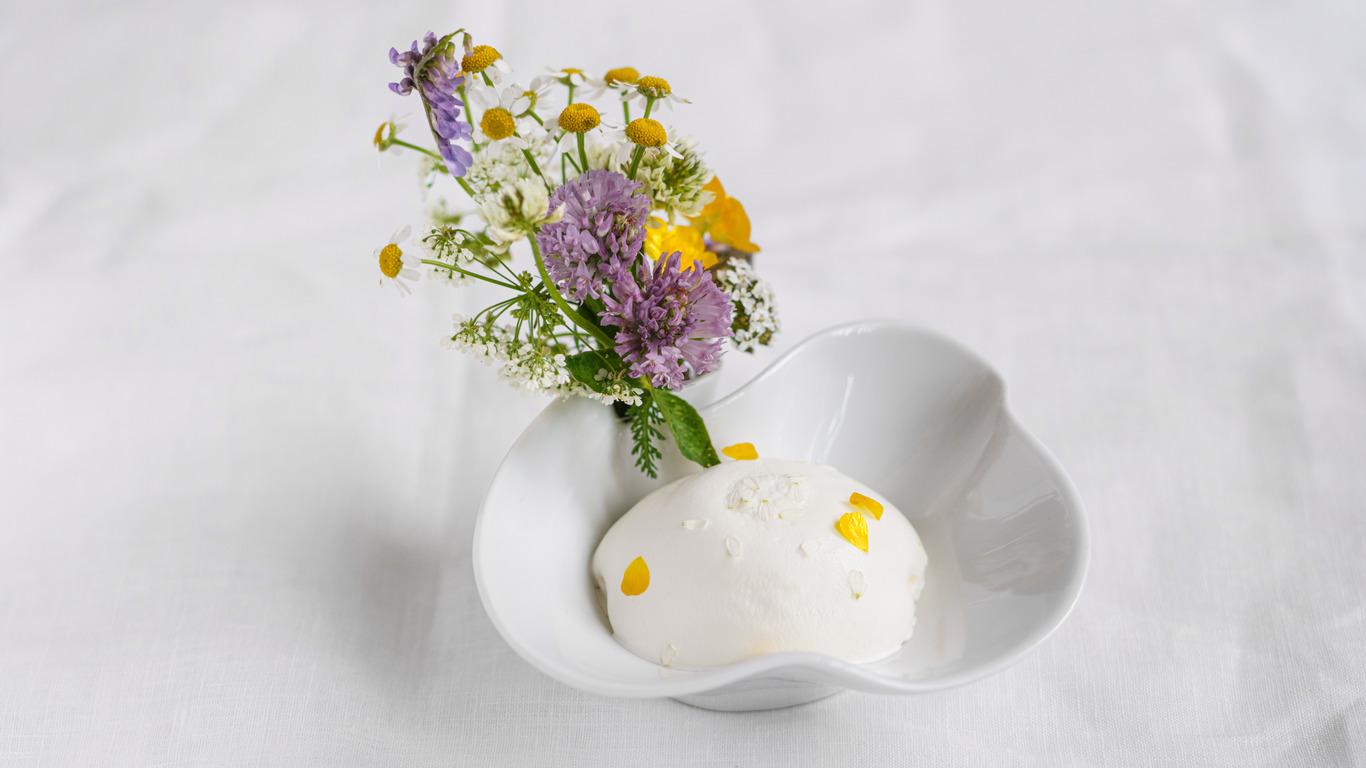 Десерт «Первоцветы исухоцветы»