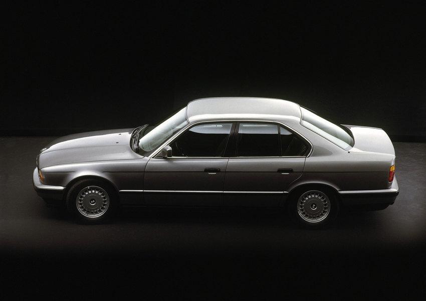 BMW 520i вкузове Е34 выпускалась с