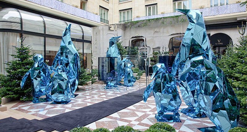 Новогодний Ice Lounge отДжеффа Литэма вотеле Four Seasons Hotel George V