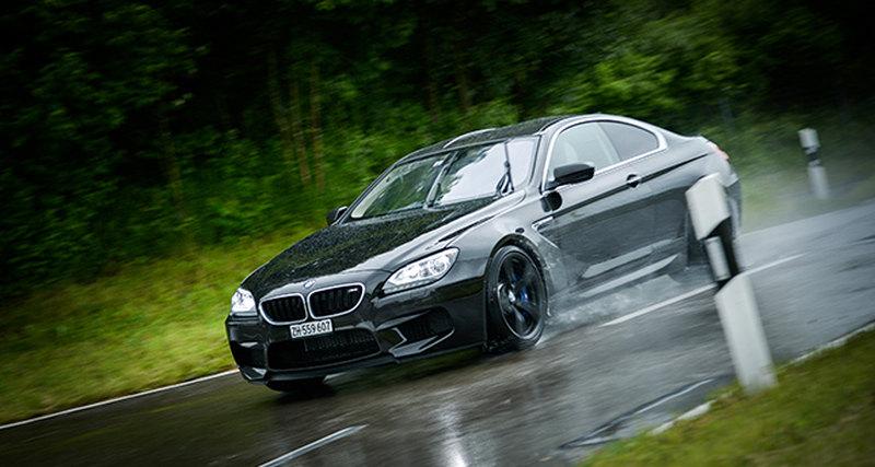 BMW Group представила эскизы новых арт-каров висполнении Цао Фей иДжона Балдессари