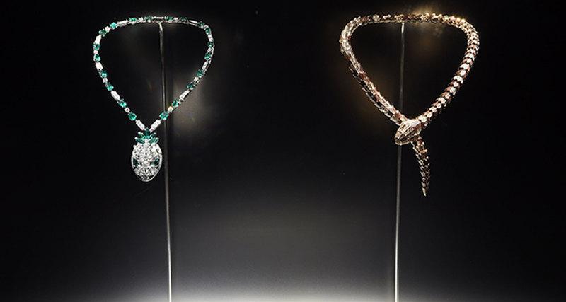 Новые колье Serpenti представлены навыставке вРиме