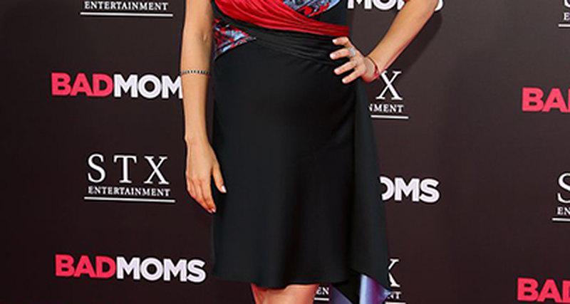 Мила Кунис вAtelier Versace