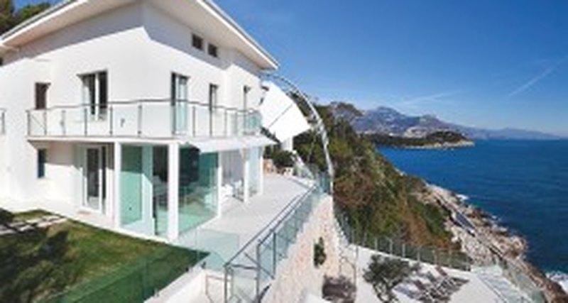 Лучшие предложения элитной жилой недвижимости заграницей