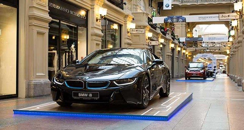 BMW Group Россия открыла уникальную экспозицию вчесть векового юбилея бренда