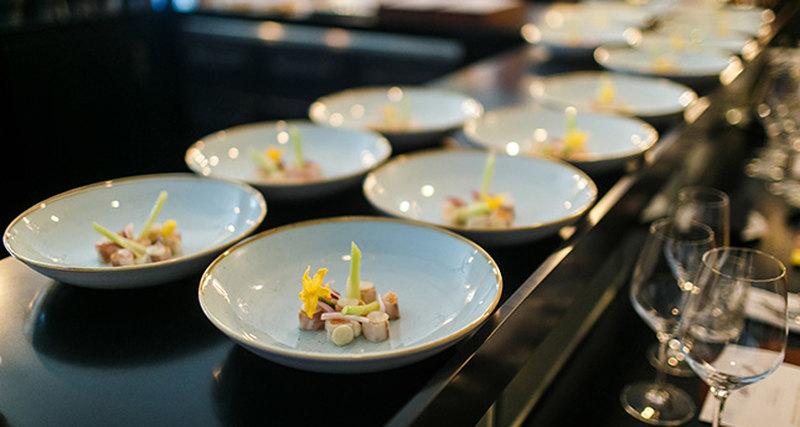 Обладатель трёх звёзд Michelin приготовил ужин вресторане SAVVA