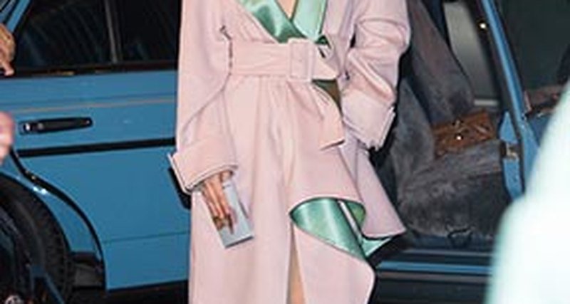 Lady Gaga вAtelier Versace вНью-Йорке