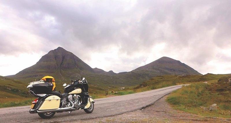 Маршрут: набайке поШотландии