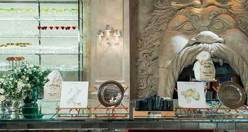 В Третьяковском проезде открылся флагманский бутик Loro Piana