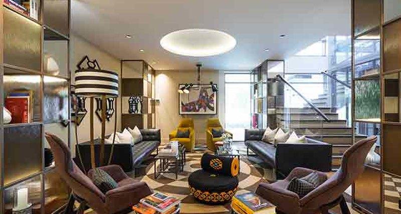 Интерьер общих зон Park Apartments отдизайнеров Katz Interiors