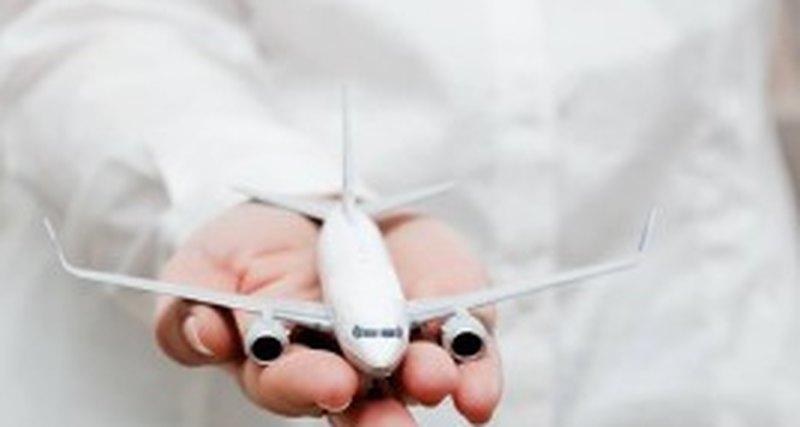 Британская компания Charters Luxury ltd., специализирующаяся наиндивидуальных заказах частных самолётов иэксклюзивном сервисе ввоздухе, открывает представительство вМоскве