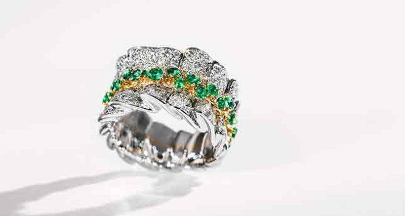 Эксклюзивные изделия изколлекции Archi Dior вновом бутике наАвеню Монтень