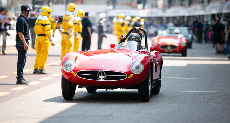 Исторические Maserati наулицах Монако