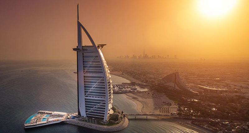 Burj Al Arab Jumeirah открывает роскошную террасу наводе