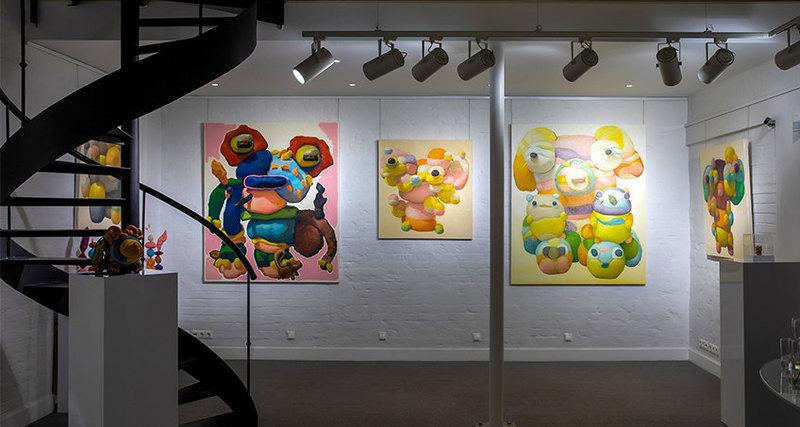 В Askeri Gallery открылась выставка художника Питера Опхайма Happy Family