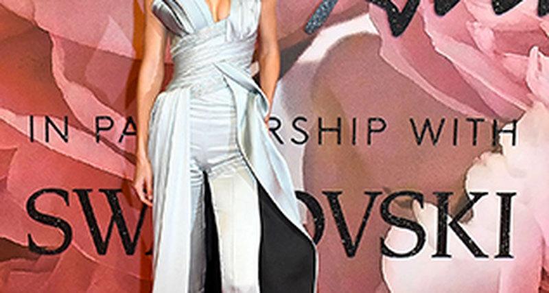 Джиджи Хадид вAtelier Versace напремии British Fashion Awards-2016
