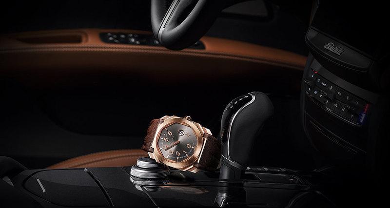 Часы вмашине или машина вчасах?