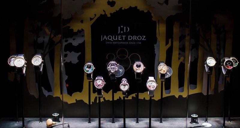 Юбилей Jaquet Droz: тропический сад вПетровском пассаже