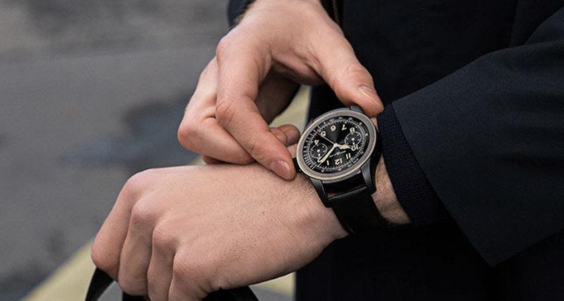Первые «умные» часы Montblanc Summit