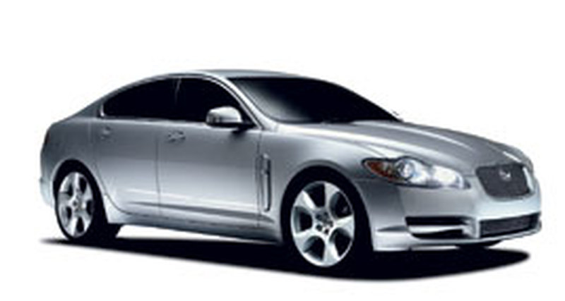 Jaguar XF: Московская премьера