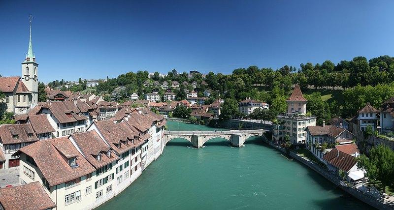 Как получить гражданство Швейцарии?