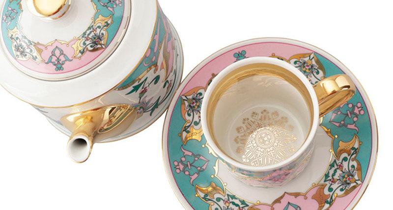 Rudolf Kämpf выпустил коллекцию посуды сарабесками
