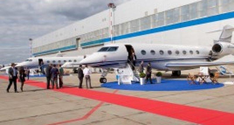 Jet Expo 2015 - 10-я международная выставка деловой авиации, Внуково-3, Москва, 10-12 сентября