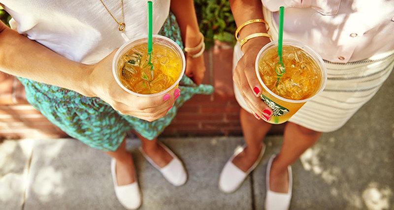Starbucks представляет новые напитки наоснове чая Teavana