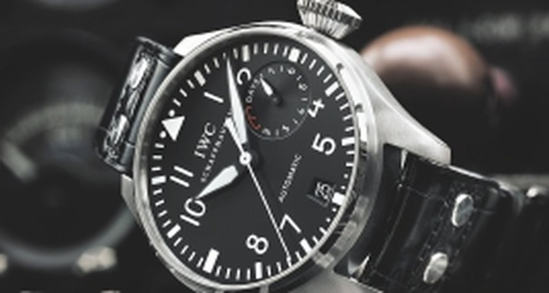 Пилотские часы марок IWC иZenith
