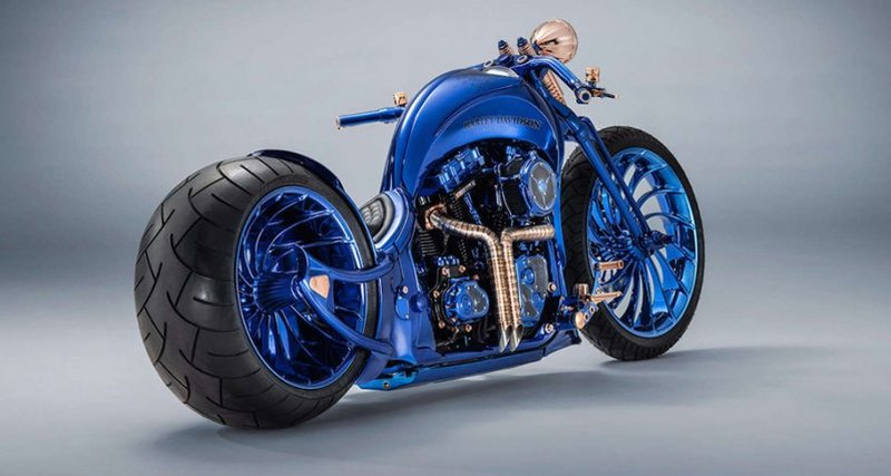 Harley-Davidson Blue Edition: ультрамарин, золото, бриллианты