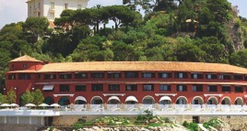 Лучшие отели длябархатного сезона